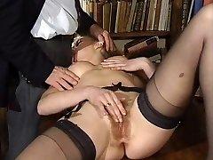 ITALIAN PORN ass-fuck hairy babes 3 way vintage