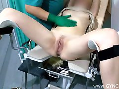 Exame blonde squirt on gyno chair