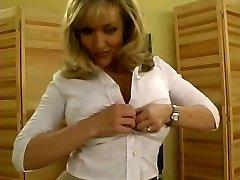 Danni Ashe sexy Lapdance