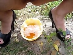 I and my stud peeing in the melon, then poured urine on themselves)