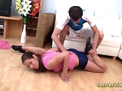 flexible gymnast teen fucked