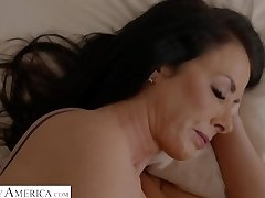 Reagon Fox: My Friends Super-steamy Mom