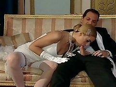 Italian blond diva has captivating sex