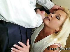 Super-naughty Housewives Love CREAMPIES & FACIALS