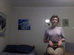 Strippa Ner till Hennes Stockings
