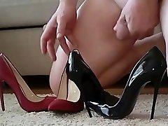 Black and Red boink me pump heels