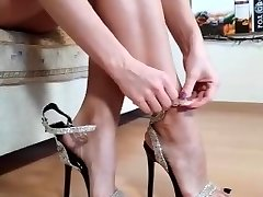 Perfect MILF feet from IG high-heeled slippers toes arches