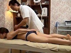 Sensitive Wife Gets Perverted Massage (Censored JAV)