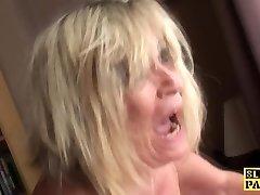British plumper fingerfucked until squirting