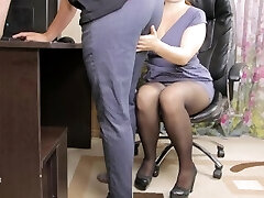 Teen lady boss seduced her employee and gave him spunk in panties