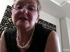 Grandmother Deep Stinkface Facesitting Session!