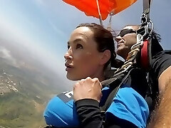 The News @ Sex - Skydiving With Lisa Ann! Pt Two