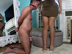 Sexy Mistress denies extract to her chaste slave