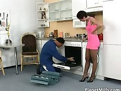 Divorced housewife just cant resist him part4