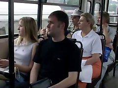 Russo de sexo em Público