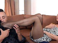 Nice pussy   loud orgasm