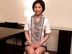 Pretty mom for interview and sex