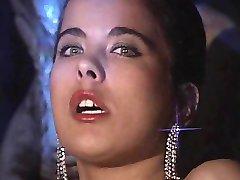 انجليكا بيلا - مشعرات