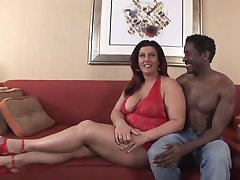 Brunette BBW-Milf Interracial