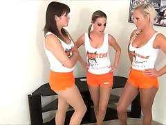 3 Hooters Girls Giving a Footjob