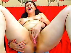 hairy mature48y squirt
