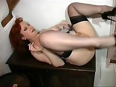 Ginger COUGAR Gets Humped