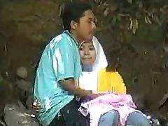 malaio-skodeng awek tudung hijab putih romen
