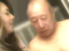 Velho Homem + Bonito Japonês MILF - Erótico Yumi Kazama