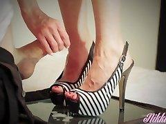 Sestra suha zakon nogama potrebna je gusta unutarnja masaža ih!