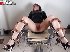 Tied up bitch gets her pussy dildo fucked