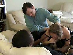 Manlief Helpt Vrouw Blazen Zwarte Lul