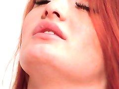 柔らかく削っ赤毛Denisa天強力なorgasm