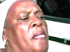 Granny Ebony 68 y Alt verdammt junge bbc
