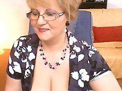 Vakava Opettaja näyttää hänelle toisella puolella Webcam