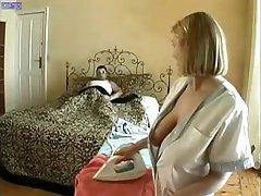 Vienā Seksīgā Mājsaimniece