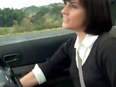 Fantástico MILF Masturbación en el coche