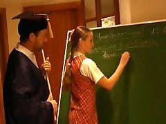 Ruso Colegiala Nellie 2