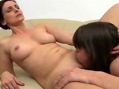 FemaleAgent - агентов мамаша невероятные оргазмы