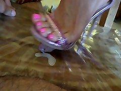 super-sexy high heel trample
