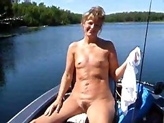 Sweet faced cougar with tiny bosoms shows