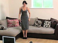 Busty Brittiska amatör knullar på jobbintervju soffan