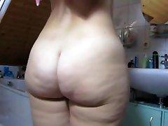 TYSKA Big Butt Dusch