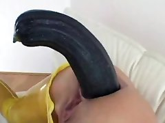 Mature Insert Huge Zucchini Vegetable in Her Ass Prolapse