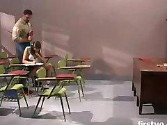 Gia Paloma lærere pet