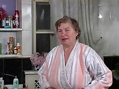 La vieille Rita se lave door Clessemperor