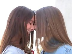Girls Making Out (Compilation)