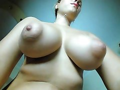 Puffy nippels om a 22 years blond girl