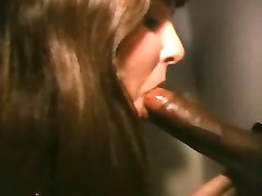 Wife has fun at the glory hole