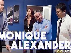 Monique Alexander In Team Building Sexcercise