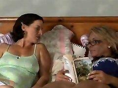 Humping Mature Lesbians Tnh